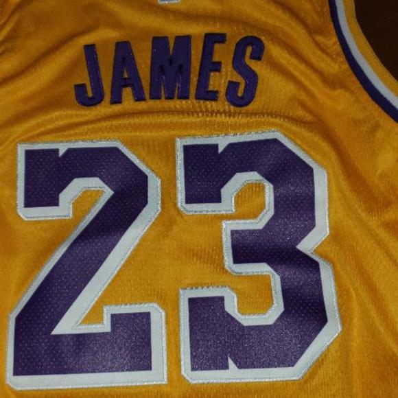 the latest 698bf f80bb LeBron James LA Lakers Jersey sz.XL NWT